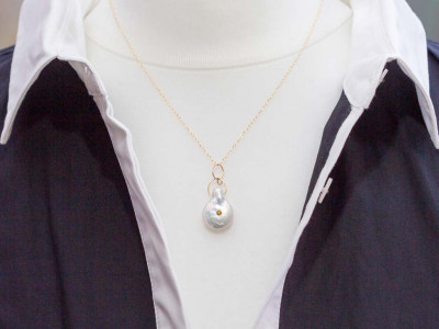 DROP PEARL GORGEOUS PERIDOT | 18ct Gold necklace