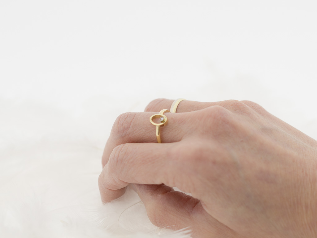SPINNING DIAMOND | Solid 18K Gold ring