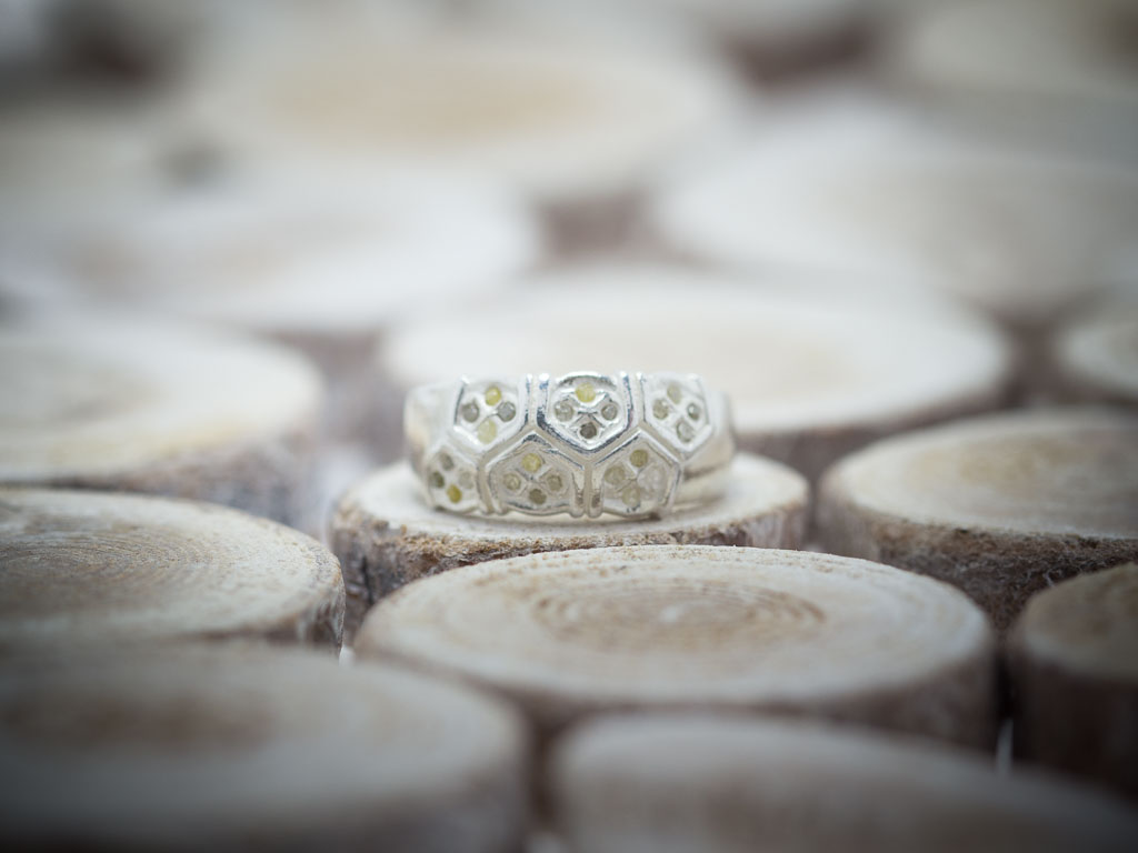 DIAMONDS IN HONEYCOMB   Sterling Silver ring