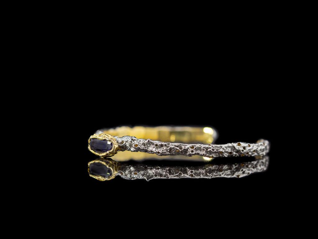 SAPPHIRE IN LAVA | Cuff in solid Silver, Gold and Rhodium