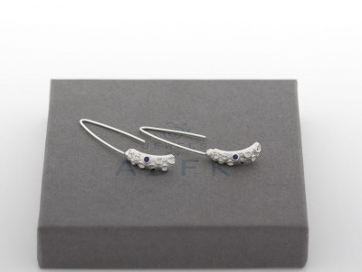 OCTOPUS | Sterling Silver earrings with a Sapphire