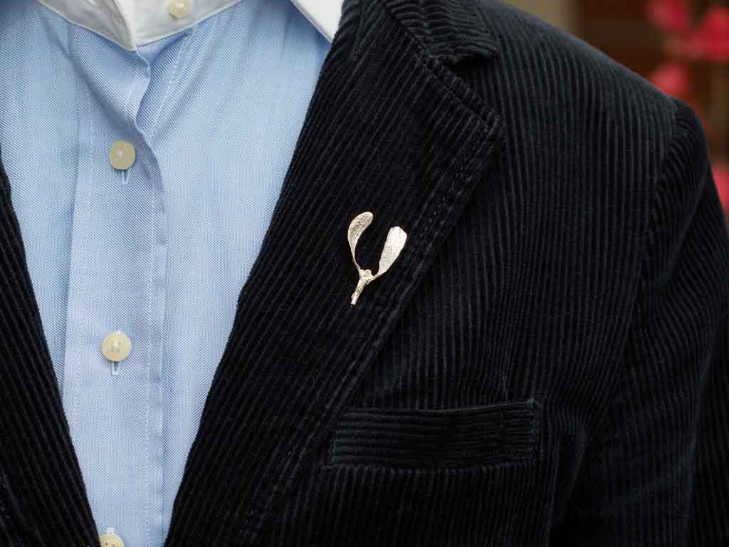 MISTLE TOE PIN | Sterling Silver brooch (made to order)