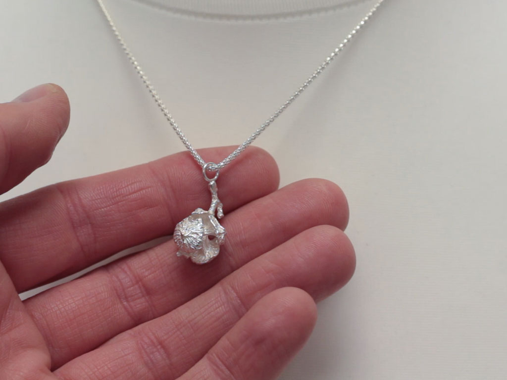 PORTUGUESE PINE CONE | Solid sterling silver necklace