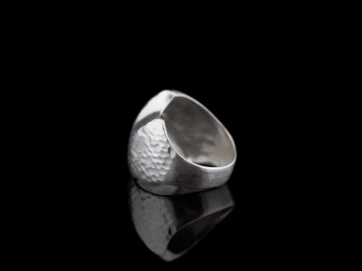 WAVE | Sterling Silver ring with hammered surface