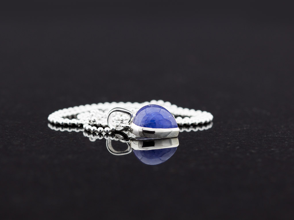 TANZANITE DROP   Necklace in Sterling Silver with large Tanzanite (sold)