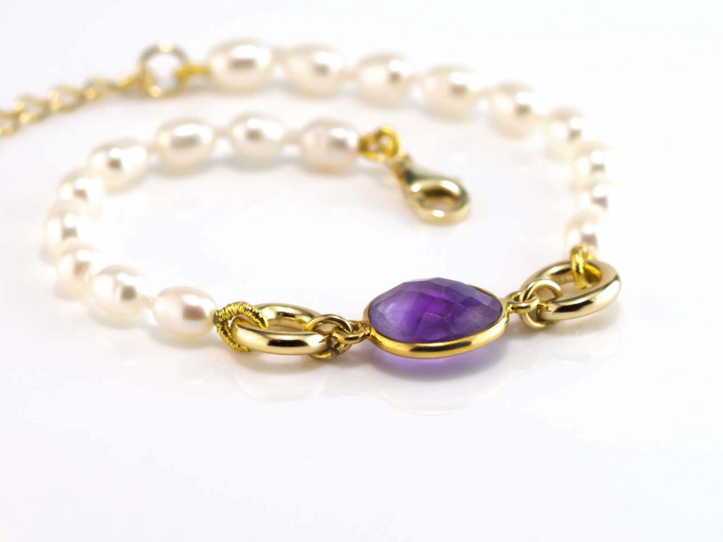Amethyst and Pearls bracelet with Gold vermeil rings (sold out)