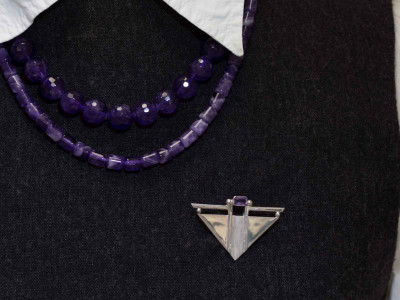 V Amethyst | Art Deco brooch | Sterling Silver (sold)