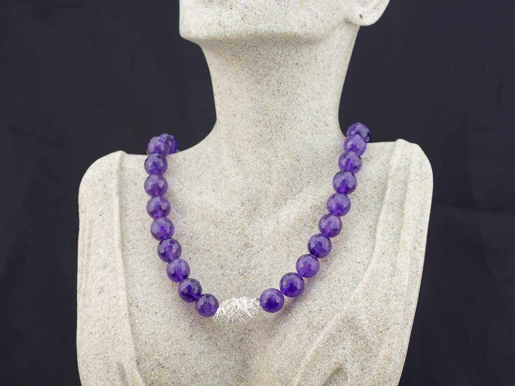 AMETHYSTS & NESTS | Necklace with Sterling Silver sculptures