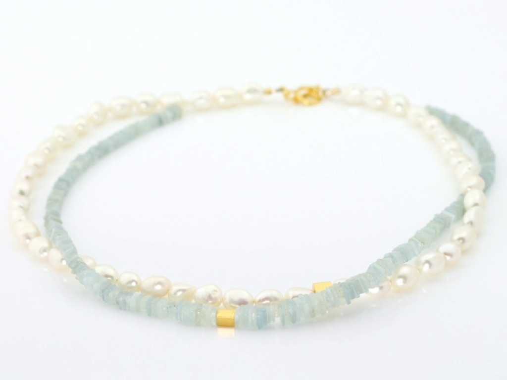 Dual Pearl Aquamarine necklace with golden  (sold out)