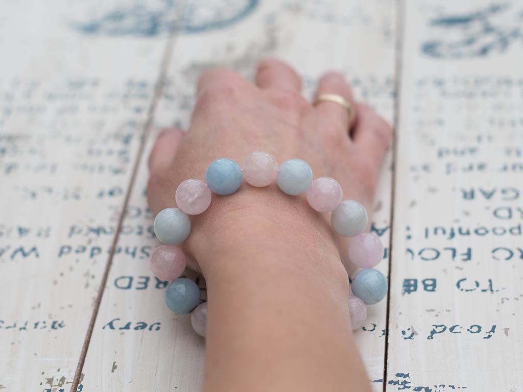 AQUAMARINE PASTEL SPHERES | Bracelet in Beryl, Morganite and Aquamarine (made to order)