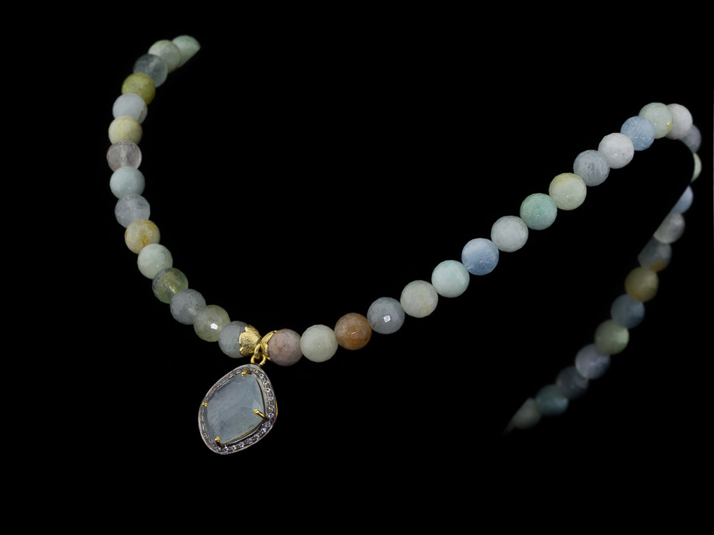 AQUAMARINE BERYL | Necklace with white Topaz, Silver and Gold