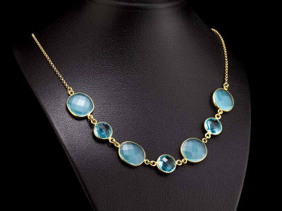 BLUE BREEZE | Necklace with Chalcedony and Swiss Topaz in Gold vermeil (sold)