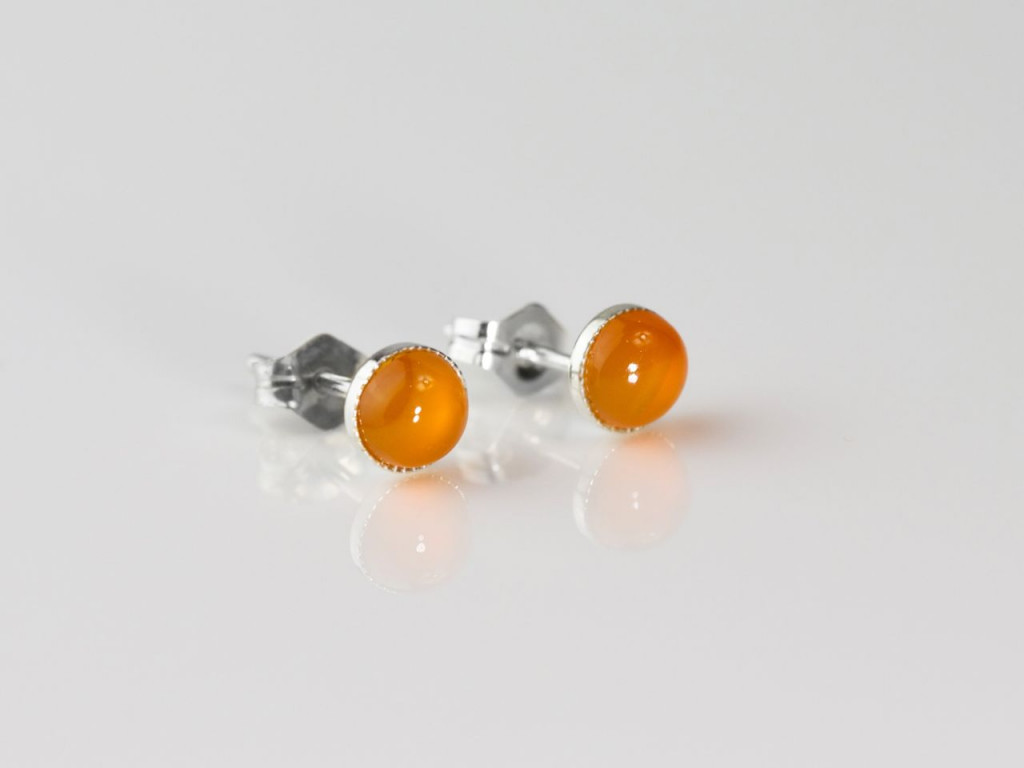 Orange Glow earstuds | Sterling Silver with Carneol semi-precious stone (Sold Out)