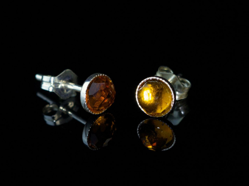 Orangey Yellowy   Sterling Silver ear studs with facetted Citrine (sold out)