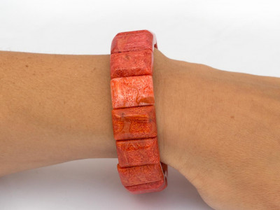 ORANGE OCEAN | Sponge Coral bracelet in emerald cut