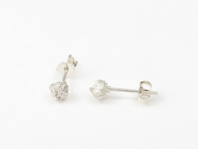 Rose seeds | Sterling Silver earstuds