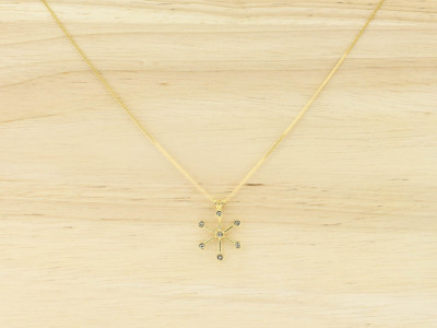SUN STAR | 18K Gold necklace with 7 diamonds