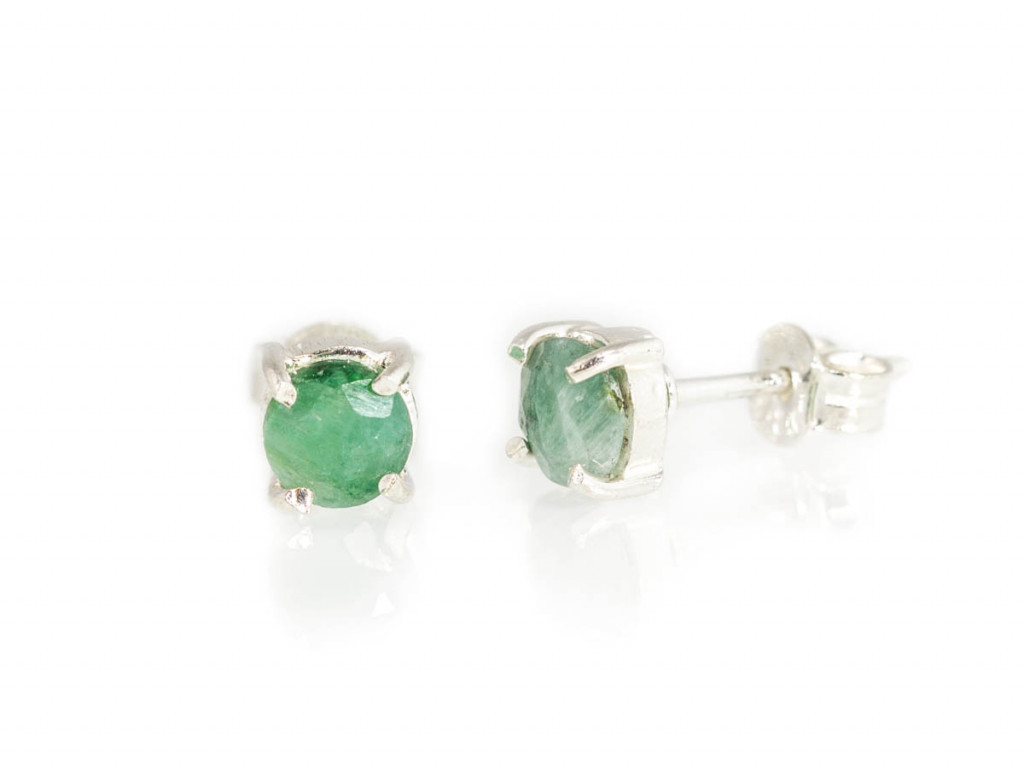 EMERALD DOTS | ear studs set in Sterling Silver (Sold Out)