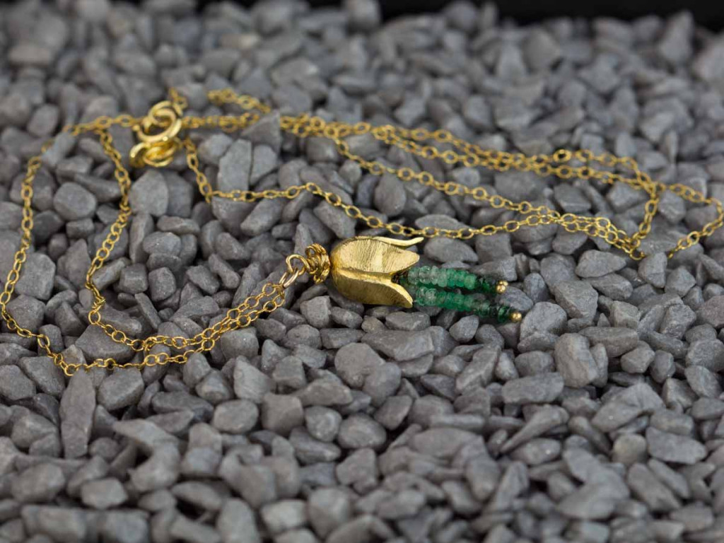 Colombian Shaded Emerald Gold necklace with gold flower (sold out)