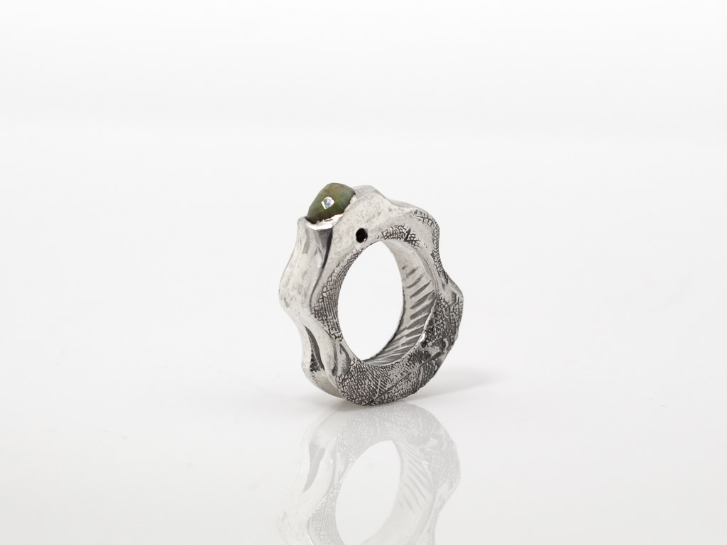 EMERALD WITH EMBOSSED LEAF   Solid Sterling Silver ring
