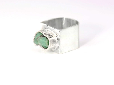 ROUGH UNCUT EMERALD | Rhodium plated Sterling Silver Ring (Sold out)