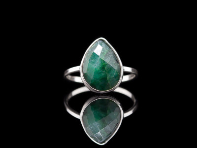 DROP GREEN EMERALD | Sterling Silver ring (sold)