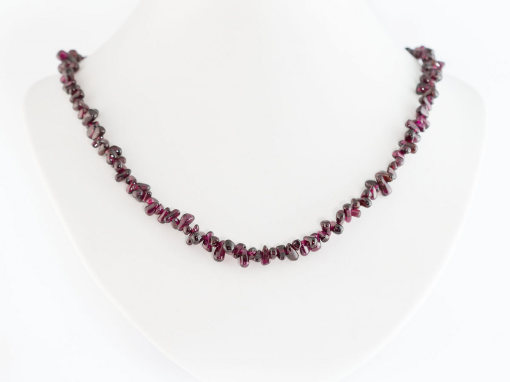 Pomegarnet necklace | shiny Garnet drops | Sterling Silver clasp (Sold out)
