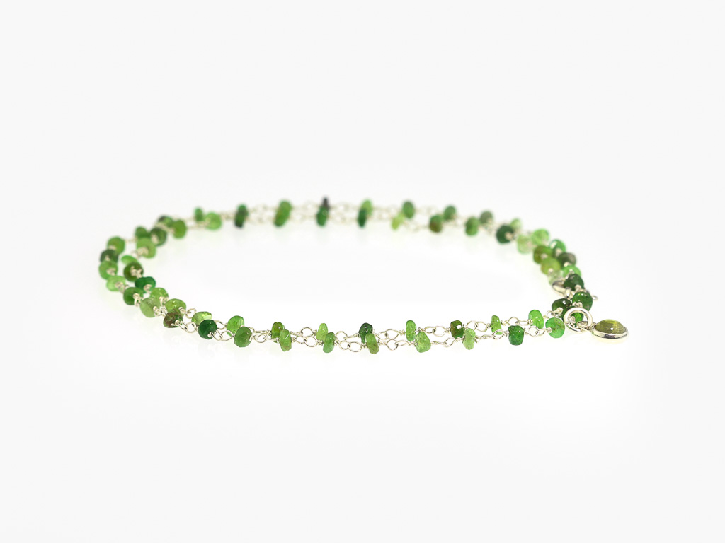 TSAVORITE MEETS PERIDOT | Necklace in Sterling Silver (made to order)
