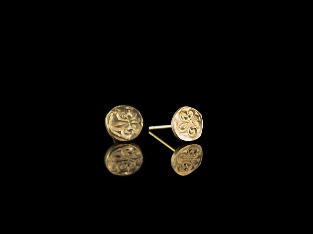 Fleur-De-Lis | solid 9ct gold ear studs | hand carved (sold out)
