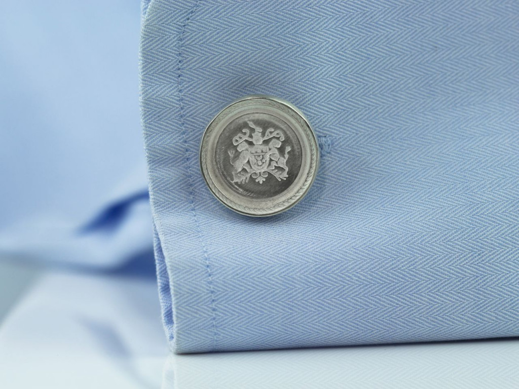 Classy Cufflinks Sterling Silver round coat of arms with comfort snap lock (made to order)