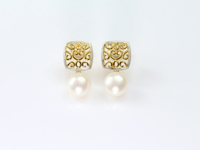 Filigree Sterling Silver earrings with Pearl (sold out)