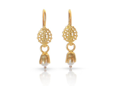 PEARL IN FLOWER WITH FILIGREE | Gold vermeil earrings (sold out)