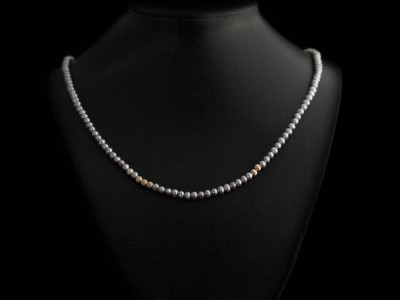 PEARL & NINE CARAT | Grey-Silver Pearl Necklace with Gold spheres (sold out)