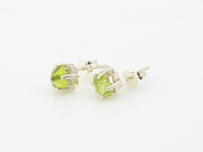 Peridot Pyramids Sterling Silver ear studs (sold out)
