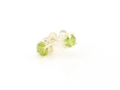 Peridot sparkling Sterling Silver ear studs (sold out)