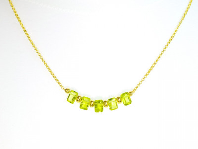 Peridot 5 in a row | 24ct gold plated Necklace with gold vermeil beads and AAA Peridot rectangles (sold out)