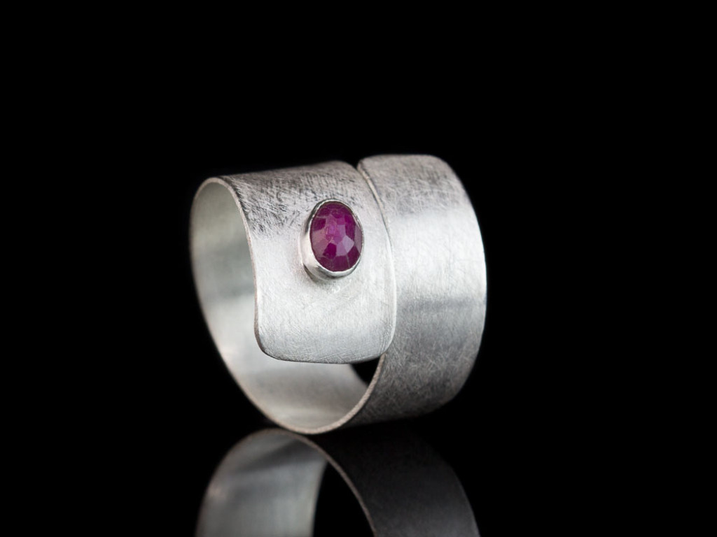 WRAPAROUND RUBY | brushed Sterling Silver ring | adaptable (custom order)