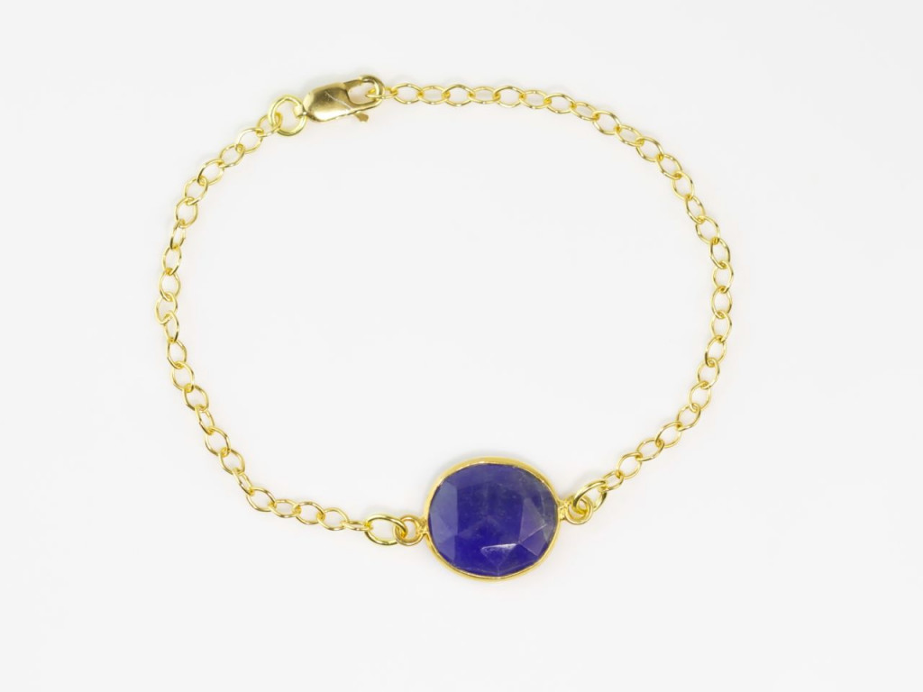 Gold Bracelet with Ratnapuri | Chain with round facetted disc-shaped Ratnapuri Sapphire