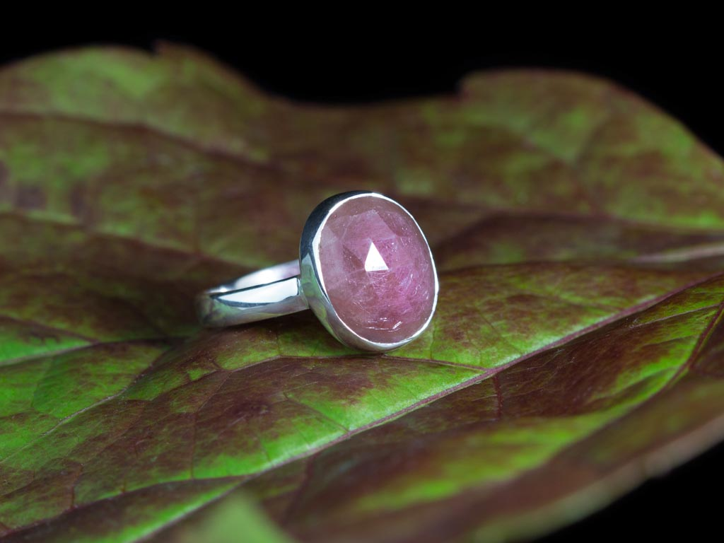UMBA PINK SAPPHIRE | Sterling Silver ring (sold)