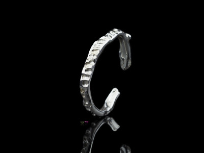 LUNAR ECLIPSE | Sterling Silver bangle with Tourmaline