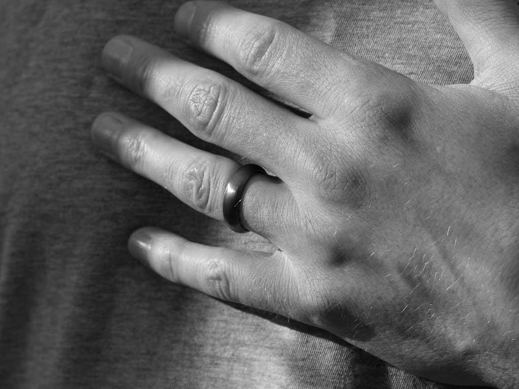 DARK CLASSIC | Black Rhodium Sterling Silver ring with matt finish