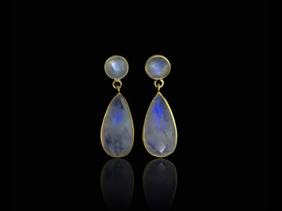 Double Rainbow Moonstone Gold earrings | Dangly dropshaped and round (Sold Out)