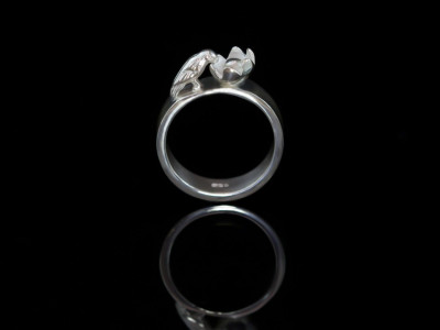 Bird on a Ring | Sterling Silver Ring with a little bird drinking out of a flower (sold out)