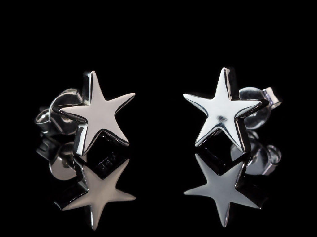 LITTLE SHINY STARS | Sterling Silver ear studs (Sold Out)