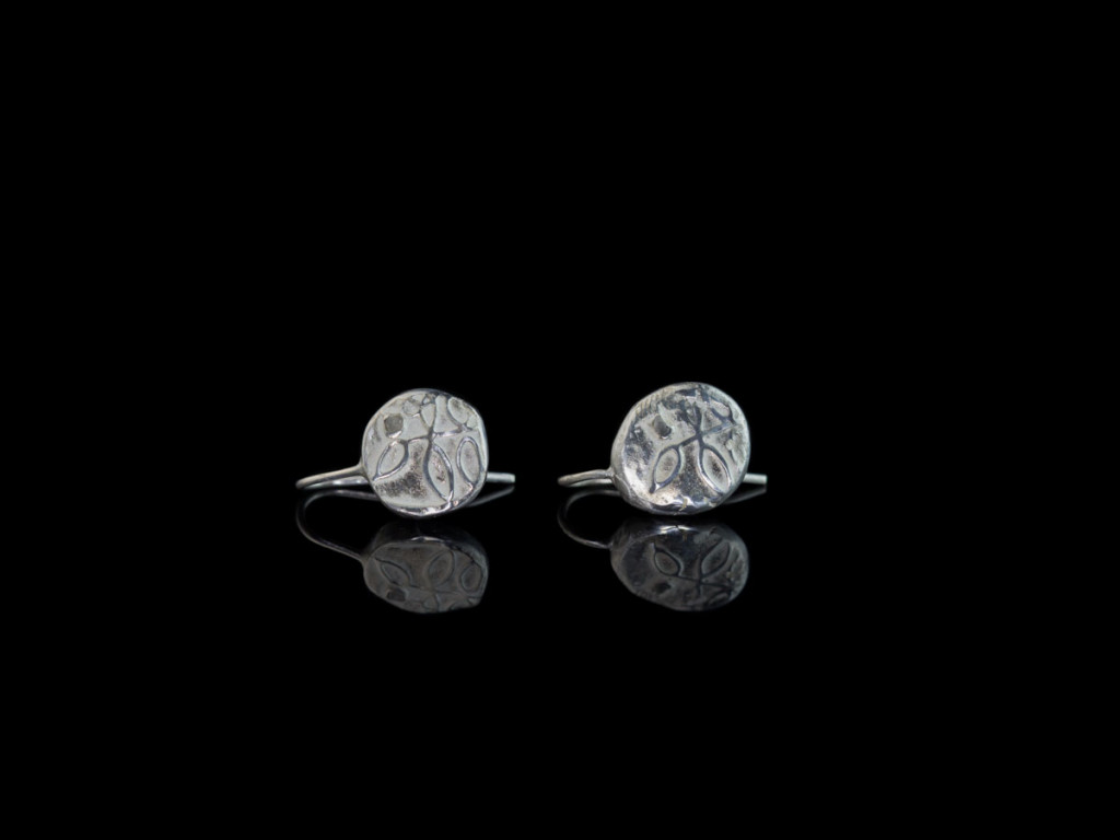 Diamond on a tree earrings | Sterling Silver with uncut raw diamond (Sold out)