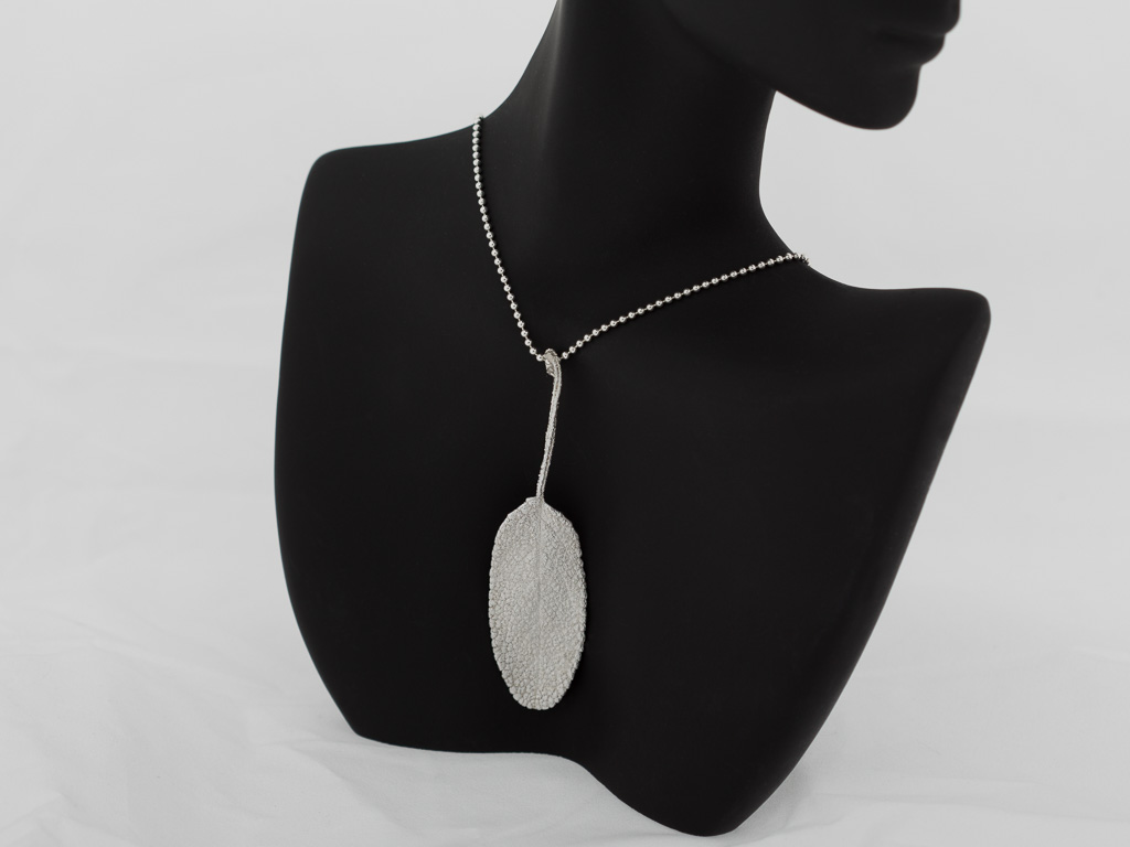 SAGE LEAF | Necklace in Fine Silver and Sterling Silver (sold)