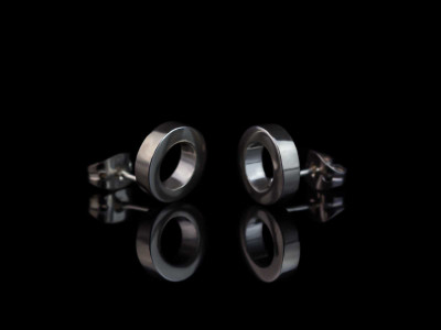 CIRCULAR   Ear studs made of Sterling Silver (Sold out)
