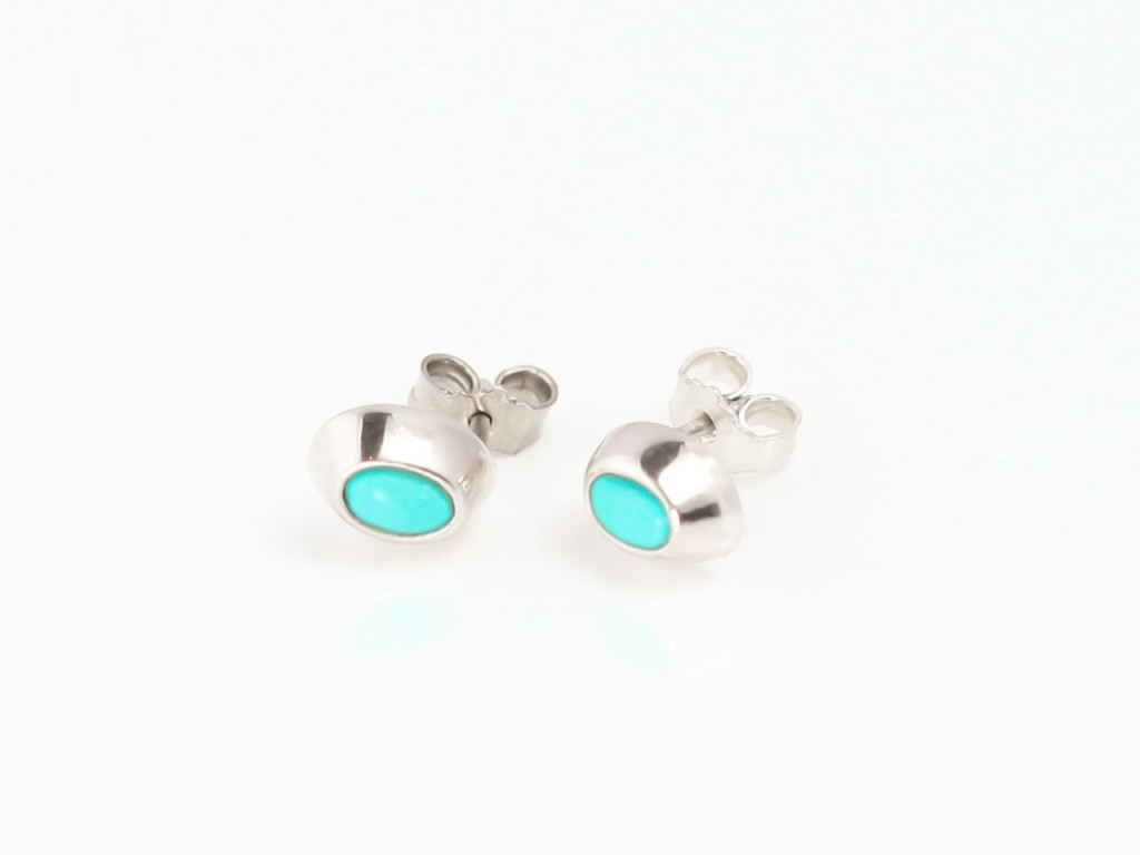 Turquoise Oval Sterling Silver polished earstuds (Sold Out)