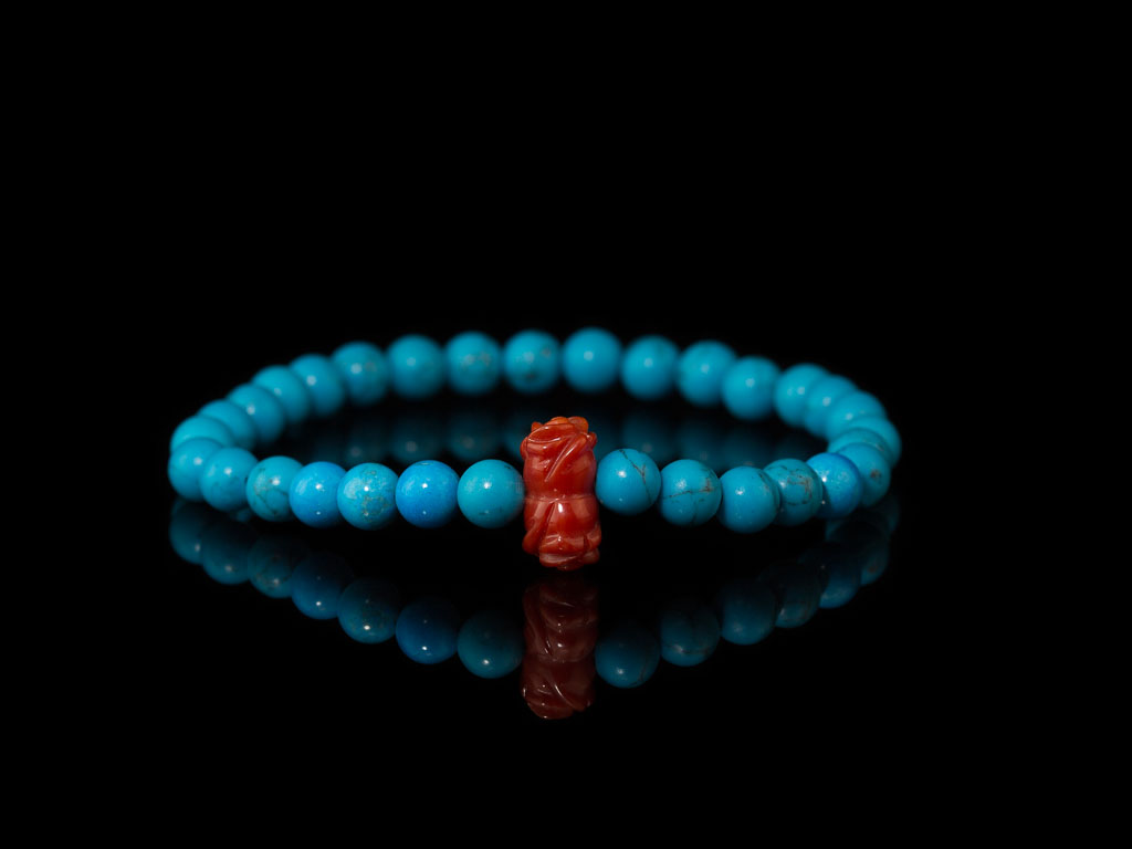 TURQUOISE SPHERES WITH FLOWER | Bracelet with Precious Coral (Sold Out)