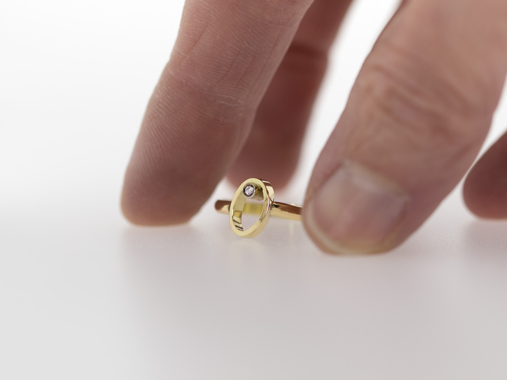 Diamond Ring Gold 18k Solid Oval Circle Asymmetric